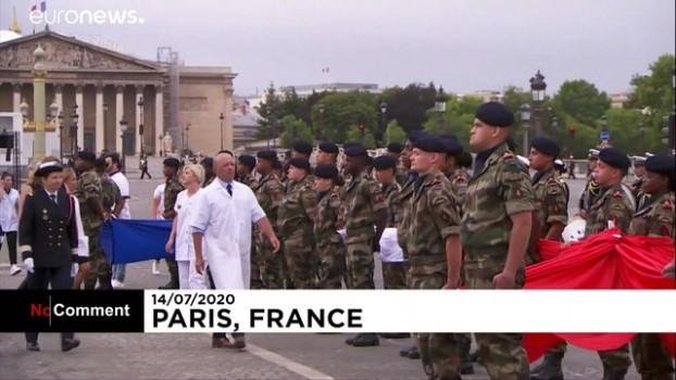 askeri toren - Fransa'da 14 Temmuz Ulusal Bayramı bu yıl sağlık çalışanlarına adandı