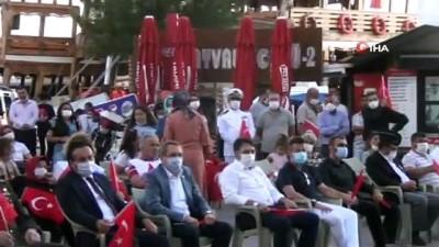 alabalik -  15 Temmuz Demokrasi ve Milli Birlik Günü'nün hüzünlü bir coşkuyla anıldı
