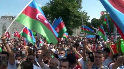 """sivil toplum kurulusu -  Beyazıt Meydan'da """"Can Azerbaycan'a canımız feda"""" mitingi"""