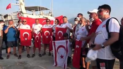Milli yüzücüler Mersin'den KKTC'ye yüzmeye başladı
