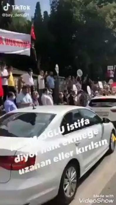 Bakırköy Belediyesi önünde İmamoğlu istifa sesleri!