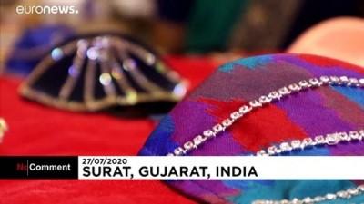 euronews - Hindistan'da elmas Covid-19 maskeleri satışa çıktı, videosu viral oldu