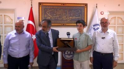 ogrenciler -  LGS'de derece yapan Hafız Yakup Kaan'a bir ödül daha verildi