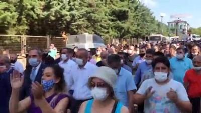 Pazar yerleri kapatılan pazarcılardan eylem - İSTANBUL
