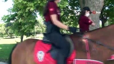 sili -  Atlı polislerden maske ve sosyal mesafe uyarısı
