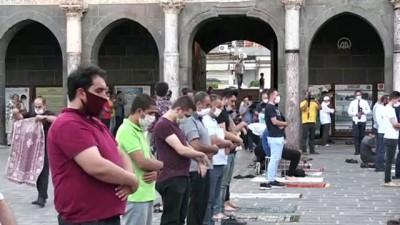 seccade - Diyarbakır'da Kurban Bayramı namazı