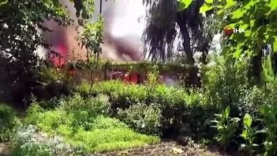 tahkikat -  Bursa'da tek katlı ev küle döndü