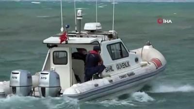 Denizde kaybolan 17 yaşındaki çocuk için helikopter destekli arama