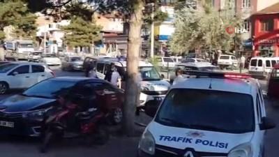 Belediyeye ait kamyonetin çarptığı yaya ağır yaralandı