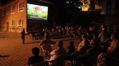 'Bayram Köye Geri Döndü' belgeselinin ilk gösterimi çekildiği köyde yapıldı - ÇANKIRI