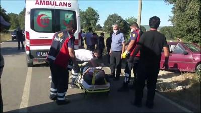 cenaze - Cenaze dönüşü kaza yapan araçtaki 5 kişi yaralandı - BİLECİK