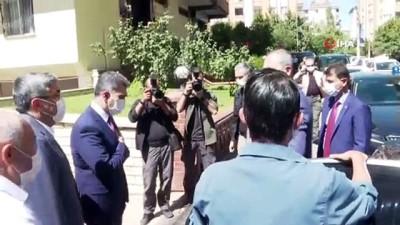 Bakan Gül'den, Duygu Delen'in ailesine ziyaret