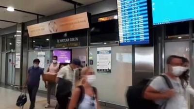 uttu - Tatilcilerin İstanbul'a dönüşleri sürüyor - Sabiha Gökçen Havalimanı - İSTANBUL