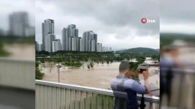 - Güney Kore'deki sel felaketinde ölü sayısı 13'e yükseldi