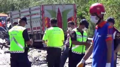 cenaze araci -  Anne, oğlu ve kızı aynı kazada öldü