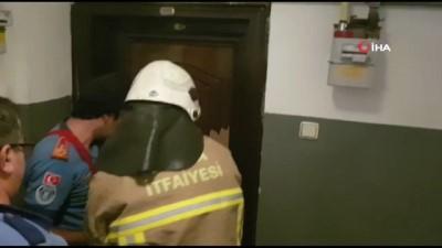 kurtarma operasyonu -  İntihar edeceğini söyledi polis ve itfaiye alarma geçip kapıyı kırdı