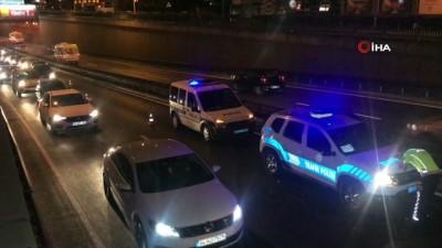 direksiyon -  Zincirleme kazaya karışan kadın sürücüden kendini görüntüleyen gazeteciye sitem