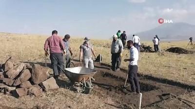 Malazgirt Savaşı'nın alan tespitinde kazı çalışmaları başladı
