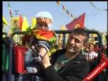 Diyarbakır Nevruz Kutlamalarında Barış Mesajları