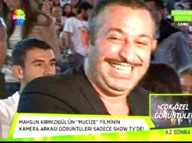 En Güzel Gülen Ünlü Kim? Zerrin Özer Mi, Demet Akalın Mı, İrem Derici Mi?, Murat Dalkılıç Mı?