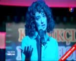 Kardeş Payı 18. Bölüm - Feyza Şarkı Söylüyor 'Devlerin Aşkı Büyük Olur' izle&dinle (10 Temmuz 2014)