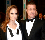 Angelina Jolie ve Brad Pitt evlendi
