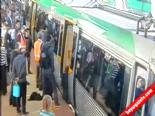 Şok! Metroya Bacağı Böyle Sıkıştı!