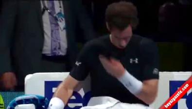 Murray maçta saçını kesti!