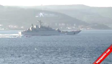 İstanbul Boğazı'ndan Füze Göstererek Geçen Gemi Çanakkale Boğazı'nda