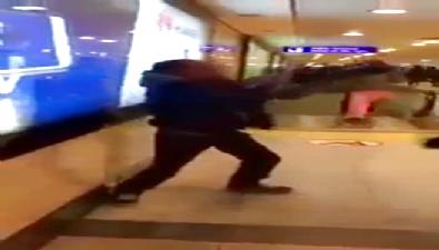 Oyuncu Ersin Korkut havaalanında saldırıya uğradı
