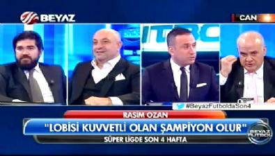 Ahmet Çakar, gömleğinin grileştiğini canlı yayında fark ederse...