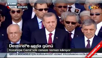 9. Cumhurbaşkanı Süleyman Demirel için Kocatepe Camii'nde cenaze namazı kılındı