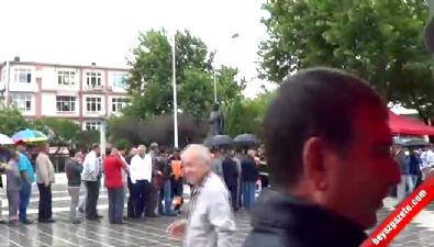 cumhuriyet meydani - CHP'li başkanın HDP sevinci