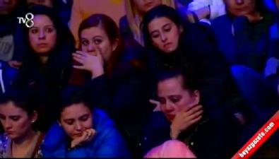 Özgecan'ın babası yazdı, Ebru söyledi herkes gözyaşlarına boğuldu