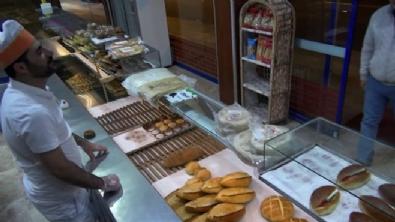 golbasi - Ak Parti Gençlik Kolları'ndan Başkanlığın ekmeği videosu