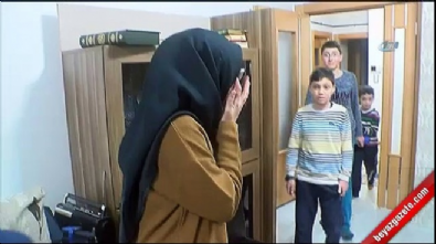 Erdoğan pankart açan genç kızın evini ziyaret etti