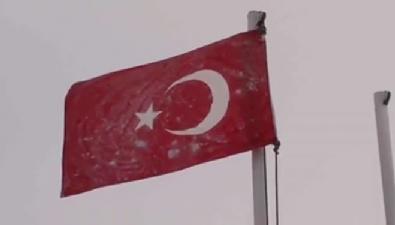 TSK'dan duygulandıran bayrak videosu