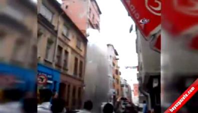 Beyoğlu'da binanın çökme anı kamerada