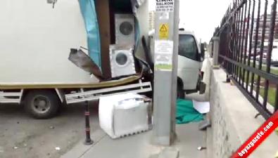 Kaldırımda bekleyen genç kadın kamyonetin altında kalarak can verdi!