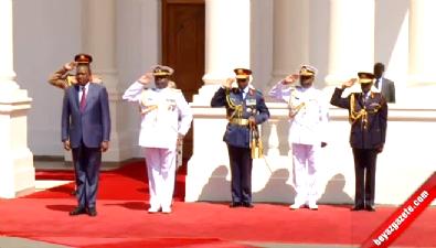 Cumhurbaşkanı Erdoğan Kenya'da Top Atışlarıyla Karşılandı