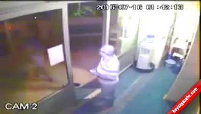 İzmir'de darbeciler müezzini sela okudu diye saldırıdı