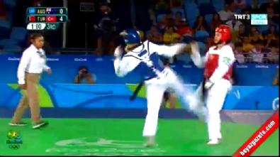 Nur Tatar, Avustralyalı Carmen Marton'u 11-1 yenerek çeyrek finale yükseldi