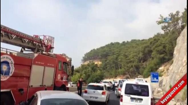 kemer belediyesi - Antalya Kemer'de askeri araca saldırı: 2 yaralı