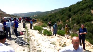 Minibüs uçuruma yuvarlandı: 2'si çocuk 8 ölü, 18 yaralı