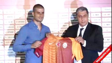 Eren Derdiyok, Galatasaray'a imzayı attı