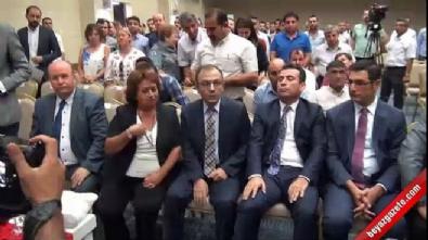 Metin Feyzioğlu Katıldığı Açılış Programında Protesto Edildi