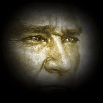 Tarkan Atatürk için o şarkıyı söyledi
