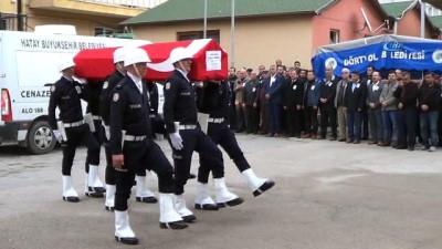 2008 yili -  Kazada ölen polisin cenazesi törenle memleketine uğurlandı