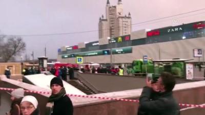 yaya gecidi - Otobüs yayaların arasına daldı - MOSKOVA