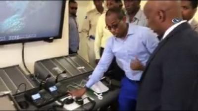 egitim merkezi -  - Somali 27 yıl sonra hava trafiğini kontrol edecek Videosu